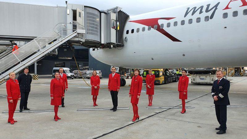 Verabschiedung der OE-LAT (Foto: Austrian Airlines).
