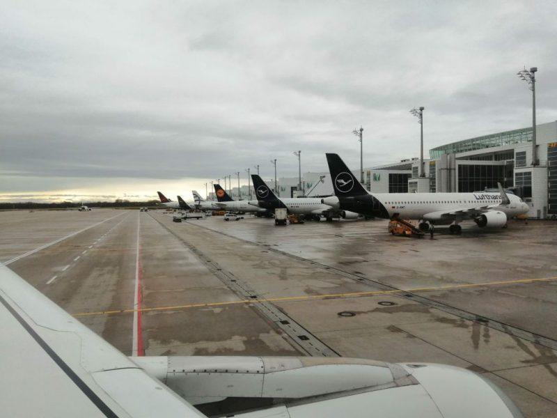 Flugzeuge von Lufthansa am Flughafen München (Foto: Robert Spohr).