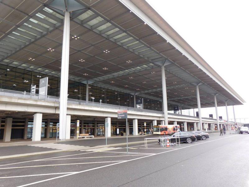 Flughafen Berlin-Brandenburg Terminal 1 (Foto: Granit Pireci).