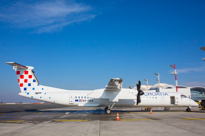 DHC Dash 8-400 (Foto: Croatia Airlines / Š. Lugarov).