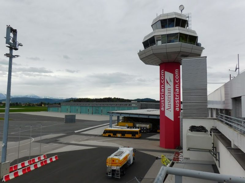 Tower am Flughafen Klagenfurt (Foto: René Steuer).