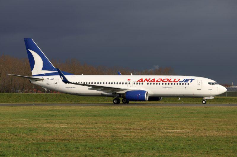 Boeing 737-800 (Foto: V1Images.com / Eddy Cuperus).
