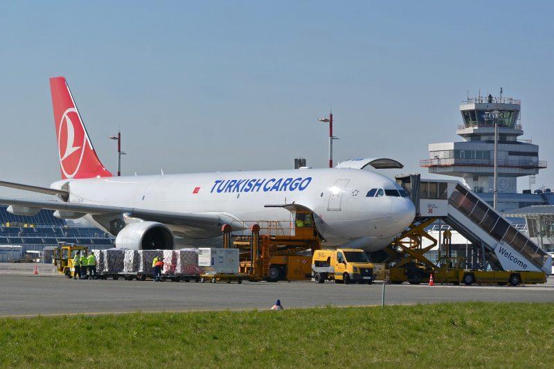 Turkish Cargo am Flughafen Linz (Foto: Michael David).